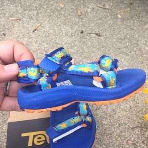 8e432b682ae74c Teva Shoes - Toddler Teva T-Hurricane 2 Crabs Sandals Size 4